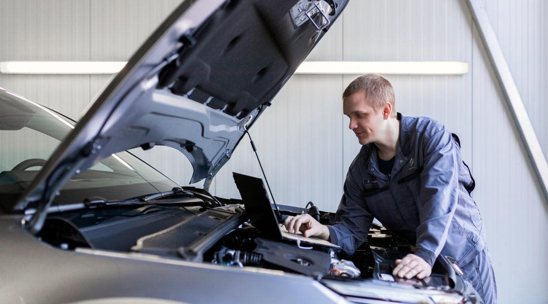Fahrzeugwartung - Fahrzeugdiagnose im Autohaus Wülpern
