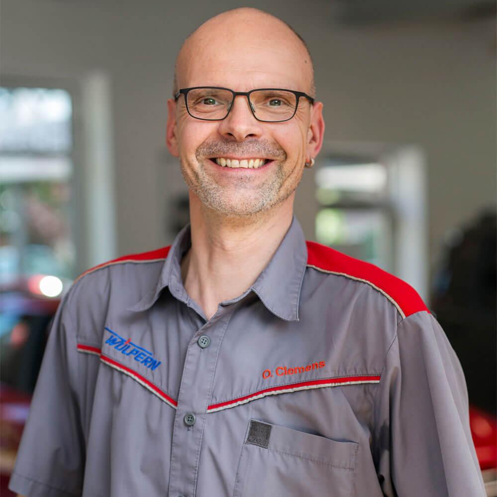 Olaf Clemens Werkstattmeister Experte für Unfallschäden